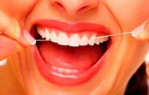 Правильная гигиена полости рта позволит предотвратить опускания десны